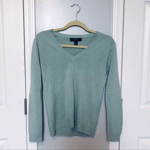 🌿 3/$15 Sale! Forever 21 V Neck Sweater